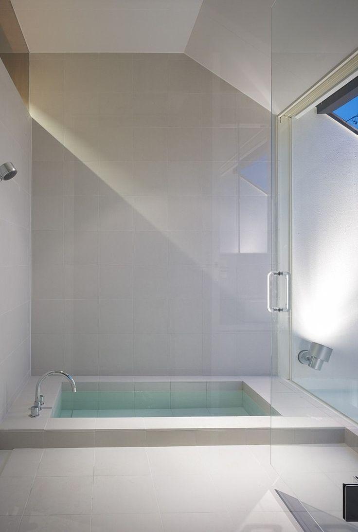 ogaki house by katsutoshi sasaki associates minimalist bathroom - Modern Design Bathrooms 2010