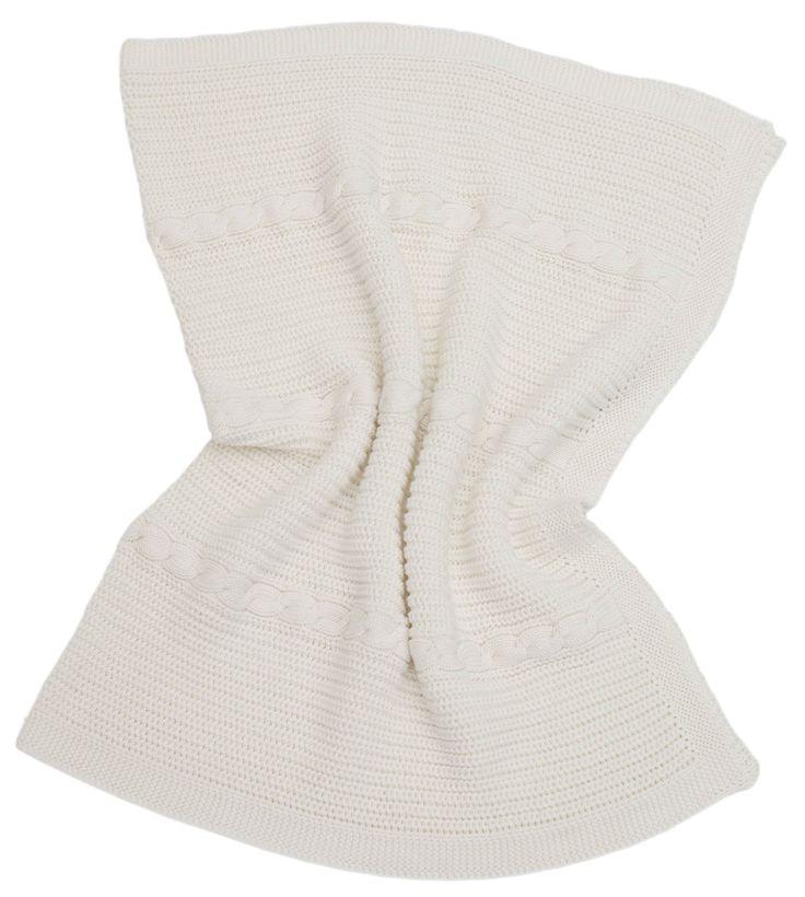 Die Be Be's Collection Baumwolldecken bestehen zu 100% aus Ökotex Standard 100 zertifizierter Baumwolle, gestrickt im zeitlos modernen Patchwork oder Zopfmuster. Die Baumwolldecken sind kuschelig weich sowie pflegeleicht. Häufiges waschen halten sie bei gleichbleibender Qualität ohne Probleme aus.