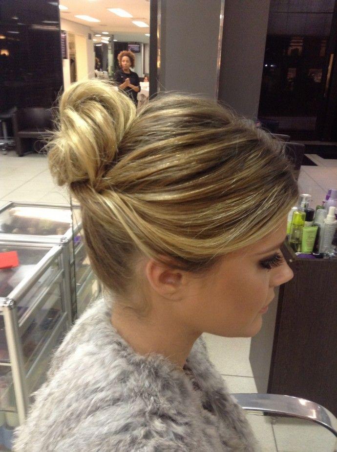 Brazilian blogger Lala Rudge hairstyle