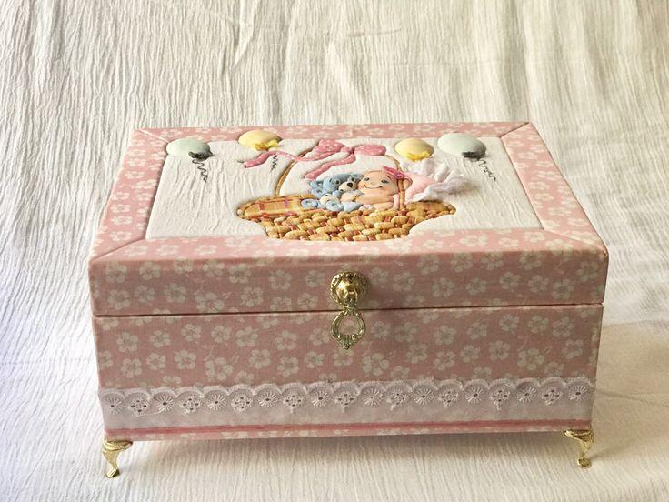 Decoração infantil  Patchwork embutido em caixa MDF