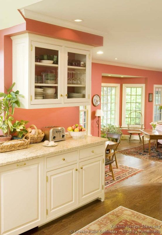 Traditional White Kitchen Cabinets #10 (Crown-Point.com, Kitchen-Design-Ideas.org)