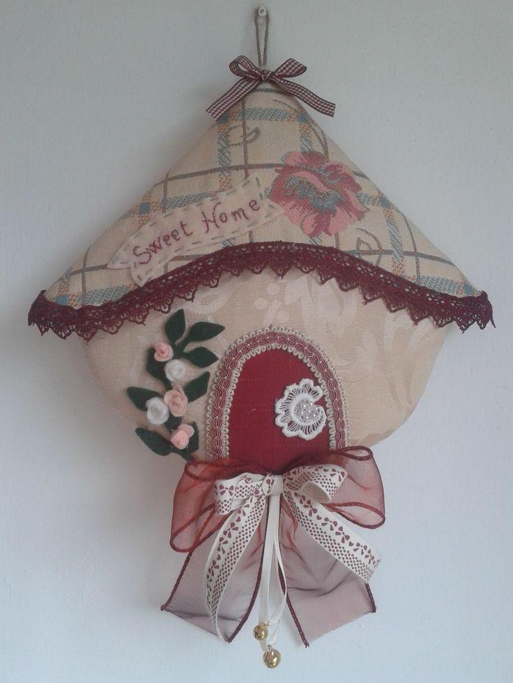 """casetta sweet home fatta da Laura Tosi da """"cucito creativo"""""""