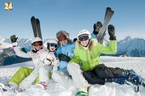 Für ein unfallfreies Ski- und Snowboardvergnügen: Laut der Angaben von den österreichischen Skiverband 90% der Skiunfälle von Skifahrern und Snowboardfahrern sind selbst verursacht. Nur eine private Unfallversicherung und eine Berufsunfähigkeitsversicherung kommt für die finanziellen Folgen eines Freizeitunfalles nach. Private Unfallversicherung übernimmt: Rettungskosten, Spitalkosten oder Suchkosten.