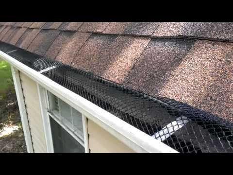 Como evitar hojas en las canales del techo - YouTube