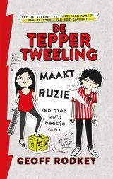 De Tepper Tweeling maakt ruzie (en niet zo'n beetje ook) Geoff Rodkey moon recensie graphic novel