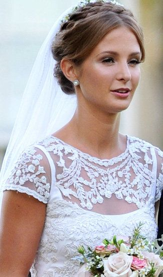 Millie Mackintosh is beautiful with this simple yet flawless look.