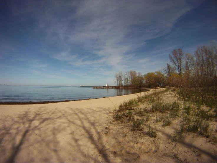 Walking the beautiful beach in Burlington! So many great spots to stop & enjoy