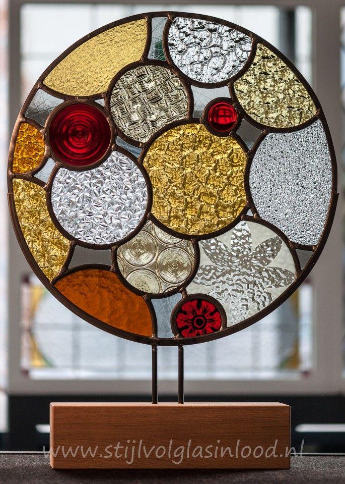 Glas In Lood Op Houten Voet 50 Cm Doorsnede Glas In Lood Glas In Lood Kunst Glas