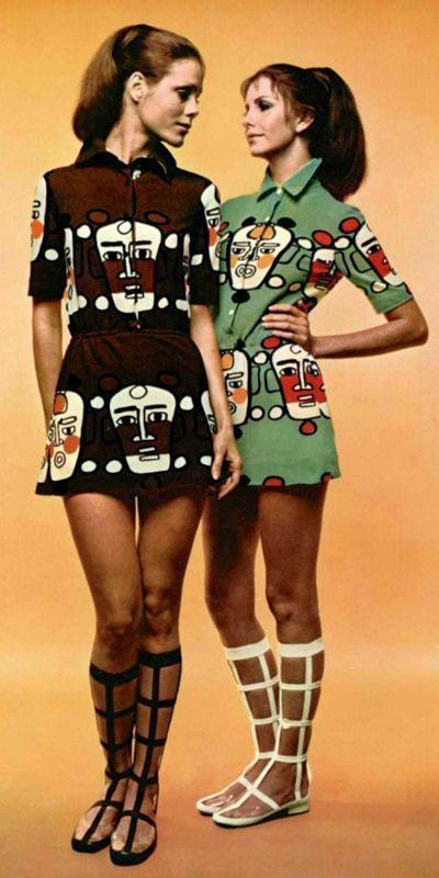 Louis Féraud, 1970 vintage fashion color photo print ad models magazine designer novelty print art dress mini skirt faces black brown green lattice boots 70s