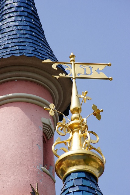 Sleeping Beauty Castle, Disneyland Paris - ©Hilary_JW…