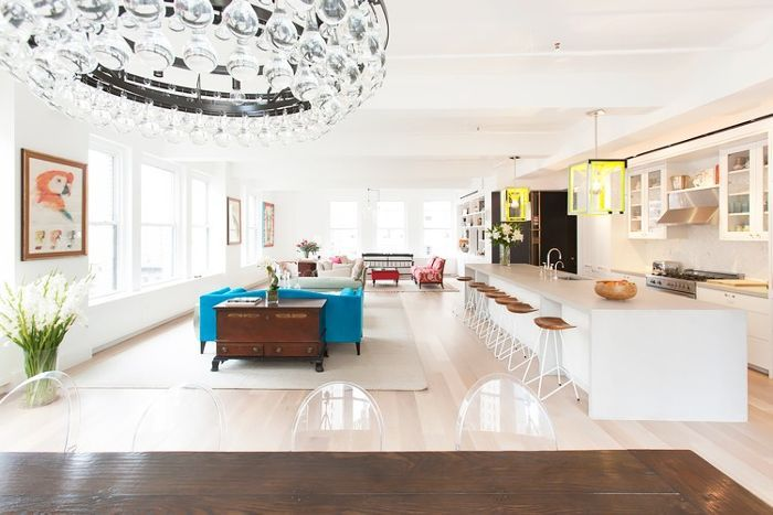 11 Open Plan Living Spaces That Will Make You Want To Move Via Mydomaine Open Plan Living White Oak Floors Residential Design