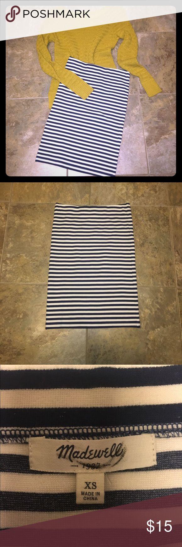 Madewell striped nautical skirt NWOT. Never worn. Navy and cream Madewell Skirts Midi