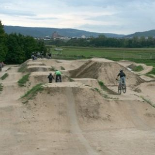 Sharon Hills Park BMX feature - The youth of East Gwillimbury have spearheaded a BMX bike park   project. This exciting park feature will keep youth active and engaged   in their community. As a founding member of this youth group, we need your help. The   project will be completed ...