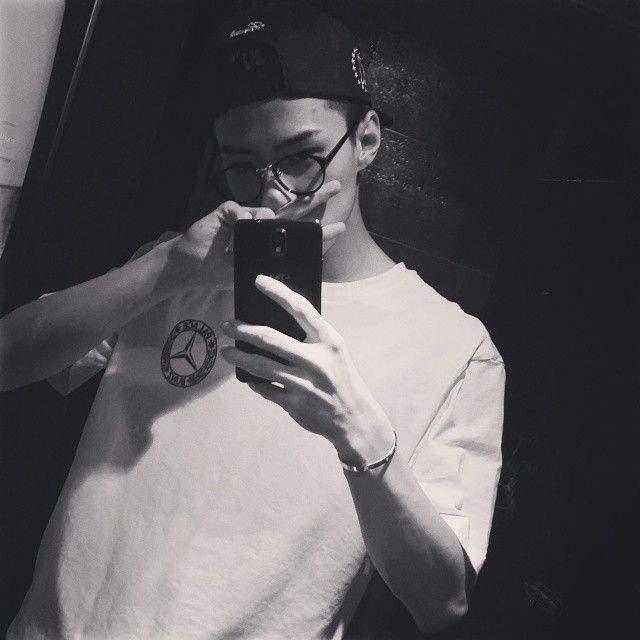 140925 Sehun Instagram Update - He looks so good with glasses >.<