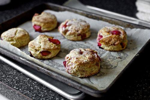 Aardbeien scones