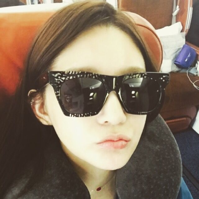 "korean singer ""Kang min kyung"" wear the purple&grey vincent sunglasses www.purplengrey.com"
