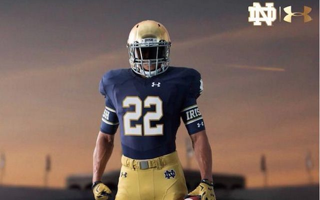 LOOK: Notre Dame's new uniforms for 2015 season not too different - CBSSports.com