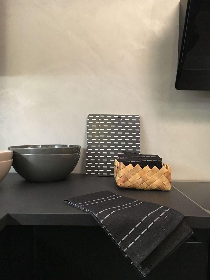 Tikki-towel and Pino-board