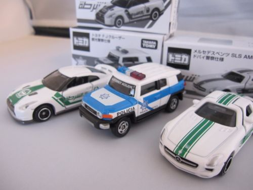 VERY-RARE-TOMICA-MERCEDES-BENZ-SLS-AMG-and-TOYOTA-FJ-CRUISER-and-Nissan-GTR-F-S