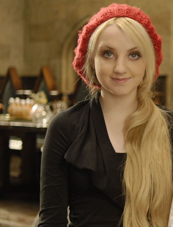 Evanna Lynch born 16 August 1991 is an Irish actress who rose to prominence playing Luna Lovegood, a supporting role in the Harry Potter film series adapted from the book series of the same name. Description from news-top-stars.blogspot.com. I searched for this on bing.com/images