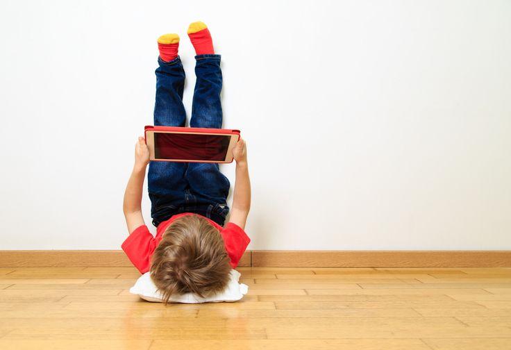 Kinderen en internet; ze weten niet beter dan dat het er is. Maar wat dan als het er opeens niet meer is... http://www.mamaliefde.nl/blog/kinderen-en-internet/
