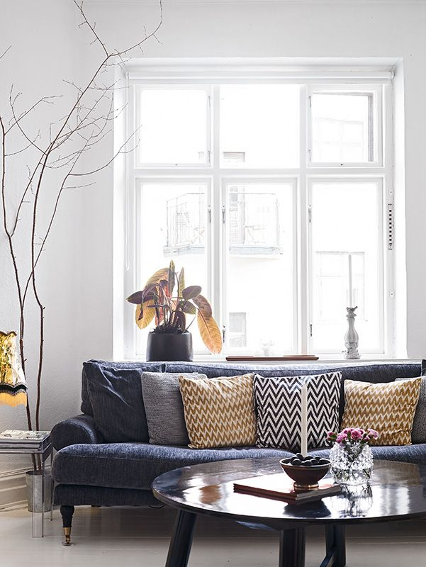 livingroom: Houses, Living Rooms, Home Decor Livingroom, Window, Scandinavian Home, Accent Pillows, Branches, White Wall, Design