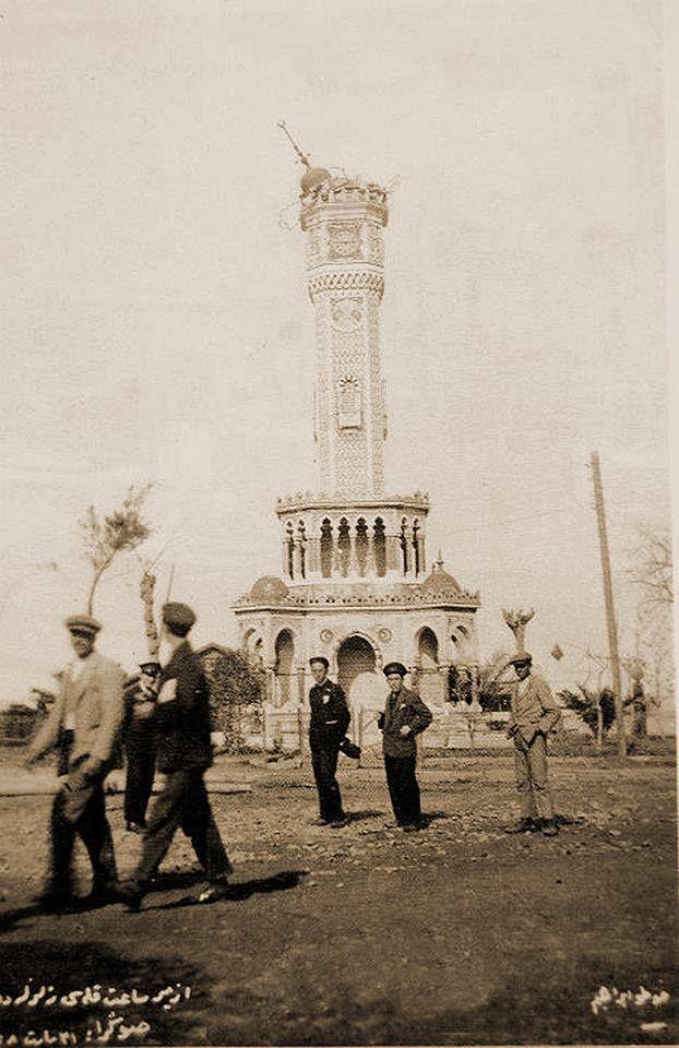 ✿ ❤ 1928 depreminde hasar gören Tarihi İzmir Saat Kulesi (Konak).