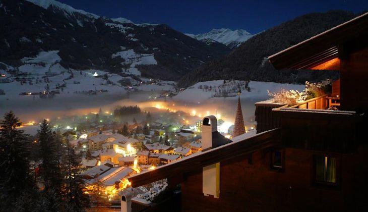 Silvester in Matrei   Hotel Goldried   7 Nächte ab EUR 1.020,-- pro Person, inklusive 6 Tagesskipass und Halbpension