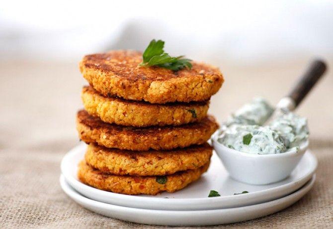 Tavasszal te is szívesen eszel zöldséget hús helyett? Készíts fasírozottat húsmentesen, mutatunk pár ötletet!