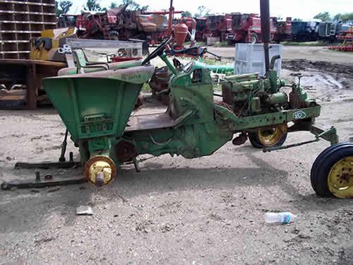 John Deere 2010 tractor salvaged for used parts. This unit is available at All States Ag Parts in Salem, SD. Call 877-530-4010 parts. Unit ID#: EQ-24428. The photo depicts the equipment in the condition it arrived at our salvage yard. Parts shown may or may not still be available. http://www.TractorPartsASAP.com
