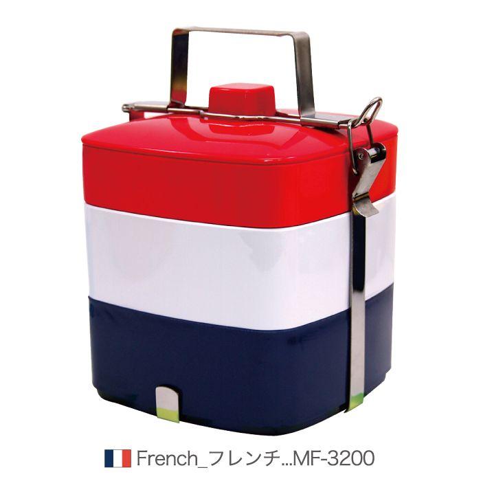 世界旅行気分でピクニック♪世界の国旗をモチーフにしたピクニックボックス!W杯やオリンピックなどのイベントに最適★盛り上がる事間違いなし!!ピクニックなどの行楽、運動会などの行事など、お洒落にお弁当を持っていけます。小物入れとしてもご利用頂けます。外箱のパッケージもかわいいデザインでプレゼントにもオススメです。サイズ・容量などサイズ・容量: 190×165×H233mm(3200ml)素材: 本体/メラミン樹脂 ハンドル・止め具/ステンレススチール生産地: タイ注意事項※食洗機、乾燥機ではご使用いただけません。※レンジでご使用はできません。※商品の写真は、なるべく実物に近い状態になるよう努力しておりますが、光の具合やパソコンのモニターの種別、環境によっては、見え方が実際のものと多少異なって見える場合もございますので、ご了承ください。