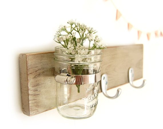 .adorable. the flags. the wood. the ball jar. the flowers...everything me!