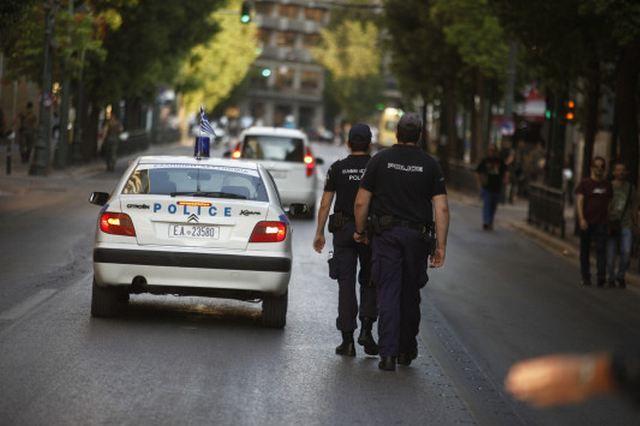 Θεσσαλονίκη: Επτά συλλήψεις στην περιοχή της Ροτόντας: Σε επτά συλλήψεις για κατοχή και εμπορία ναρκωτικών προχώρησε η αστυνομία κατά την…