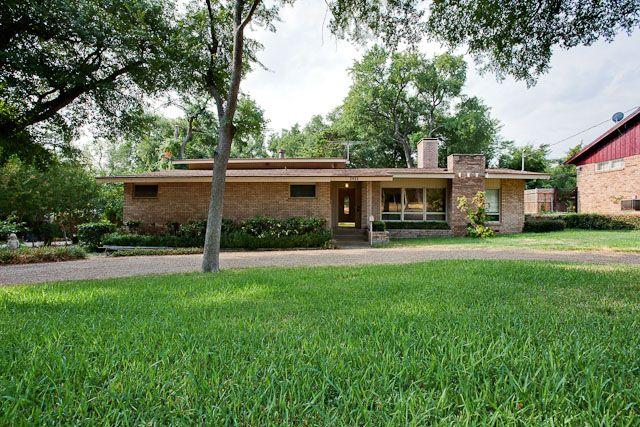 Dallas split level mcm home mid century modern for Mid century modern homes dallas