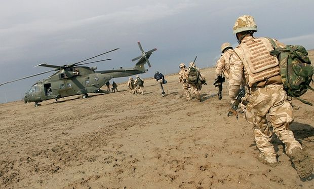 British soldiers being extracted from Iraq.