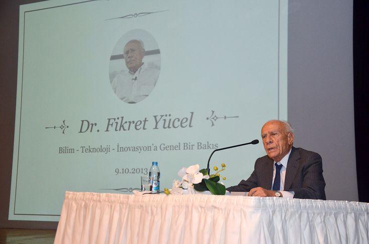 """Ege Üniversitesi 2013-2014 Eğitim ve Öğretim yılının ilk dersini """"Bilim-Teknoloji-İnovasyona Genel Bakış"""" başlıklı sunumu ile Eski TÜBİTAK Yönetim Kurulu Üyesi Dr. Fikret Yücel verdi."""
