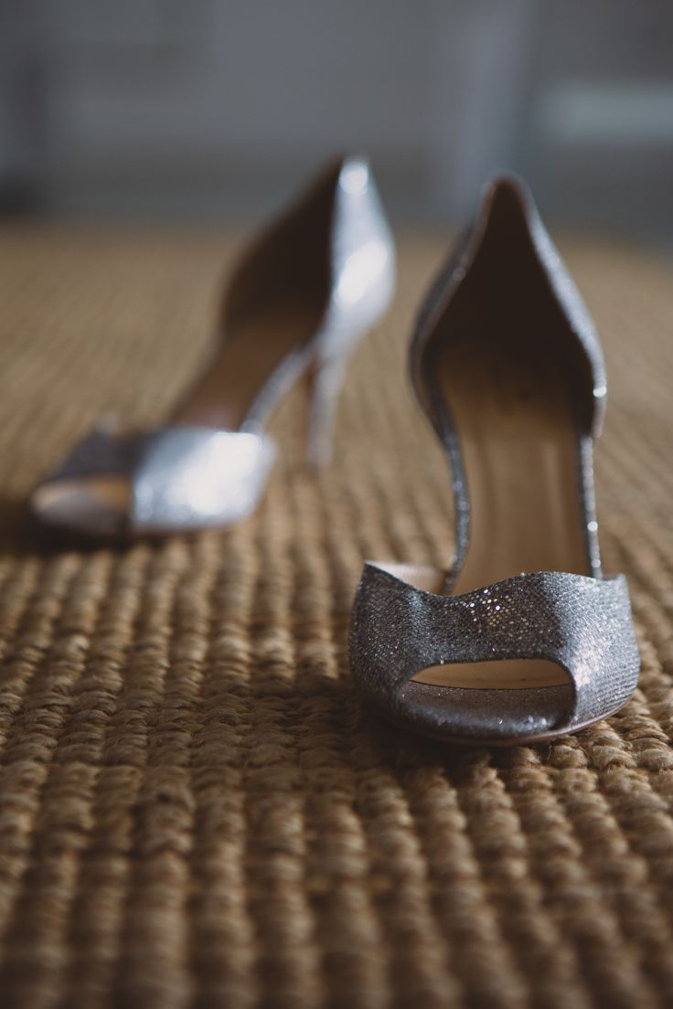 Kate Spade shoes. Silver bridal shoes. Bridal shoes. Image by Gavin Casey