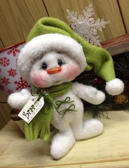 Primitive Raggedy Christmas Snowman Doll Winter Snow Shelf Sitter 7in. Green #Unbranded #Christmas