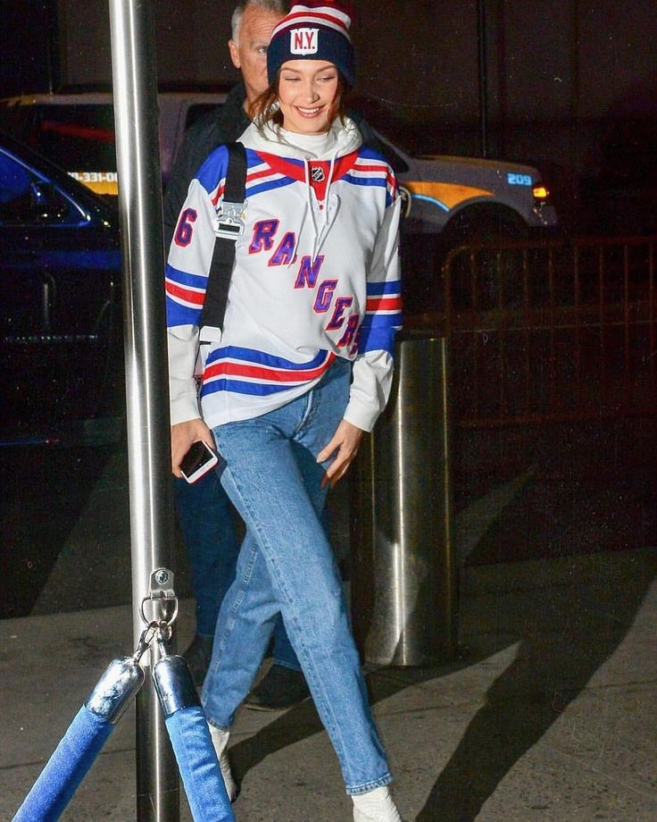 December 19: #BellaHadid arriving at the New York Rangers - Anaheim Ducks game at Madison Square Garden.