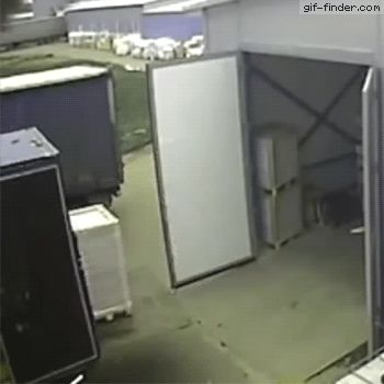 Pallet Jack Operator Has A Bad Day | Gif Finder – Find and Share funny animated gifs