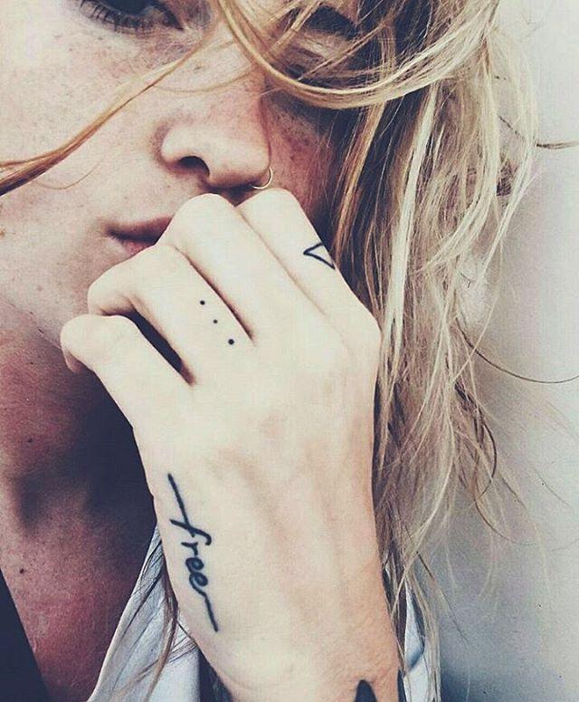 Love finger tats @tatouages_et_citations Tattoo Ink | Pinterest: heymercedes