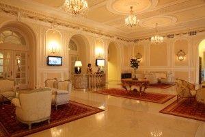 Lobby - Grand  Hotel Continental; Rezervari rapide prin hotel-bucuresti.com  http://www.hotel-bucuresti.com/blog/hoteluri-5-stele-bucuresti/grand-hotel-continental/#