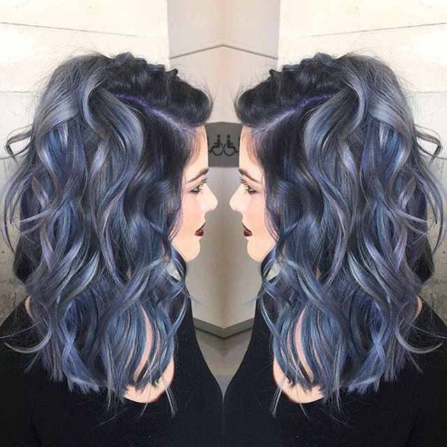 Janai Hartt @harttofcolor used Pulp Riot colors, Nightfall, Lilac, Powder, and Clear for this creation she made at Pulp Riot Lab.