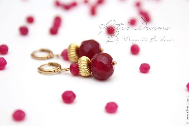 Купить Рубиновое колье цвета малины с латунью, короткое, рубины, натуральные. - колье с рубином купить