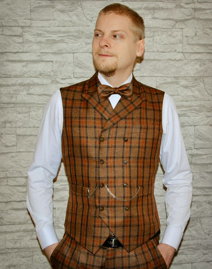Double breasted old school vest with bold colours. #muoti #tyyli #helsinki #miesten vaatteet