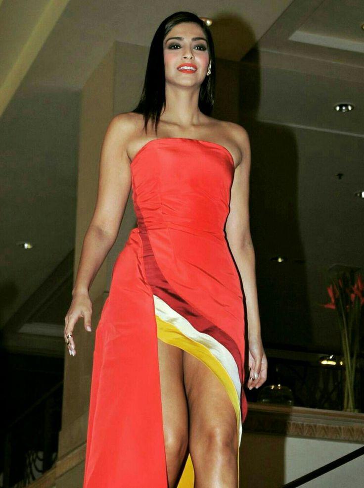 Sonam Kapoor Hot Thighs Show  Sonam Kapoor  Dresses