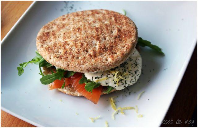 Sandwich Thins de salmón y rúcula