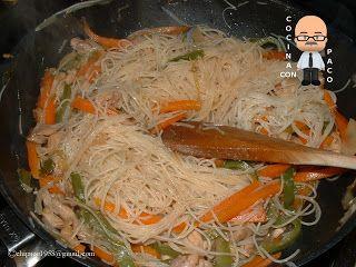 Cocina con Paco: Fideos de arroz con pollo y verduras