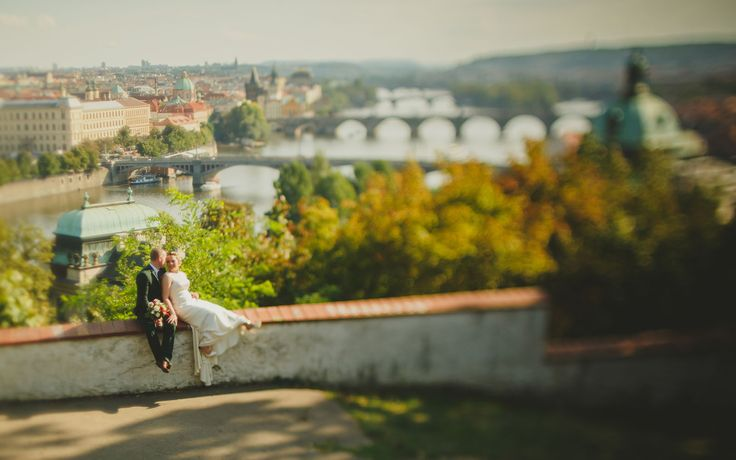 a couple from New Zealand enjoy the moment at the Letna overlook at Prague Castle www.KurtVinion.com