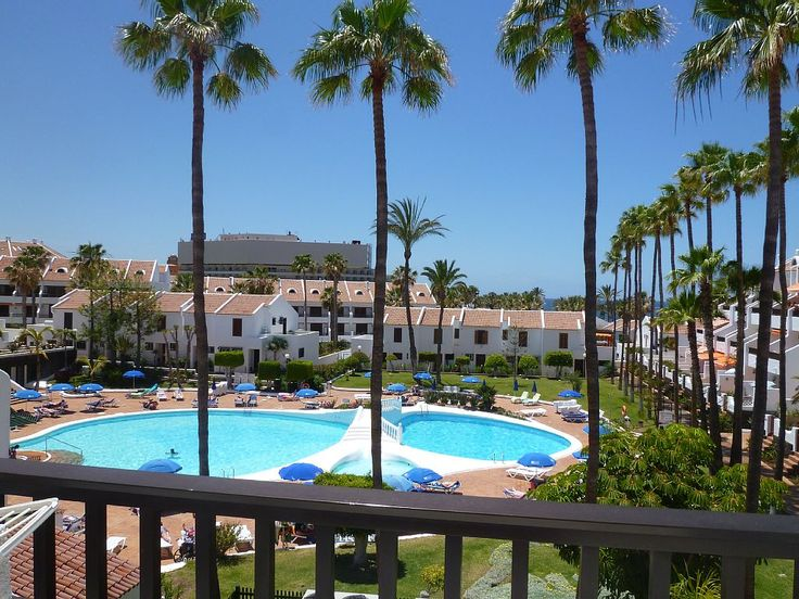 One Of Our Holiday Apartments To Rent On Parque Santiago 2 In Las Americas Tenerife It Has Two Bedrooms And Bathrooms